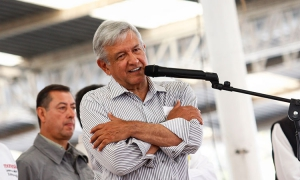 AMLO neoliberal